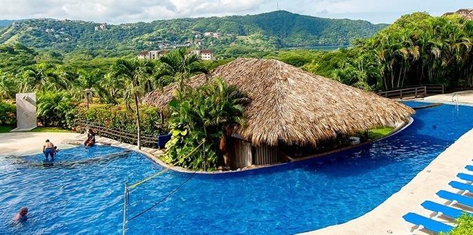 Villas sol beach resort papagayo area costa rica hotel for Villas sol playa hermosa