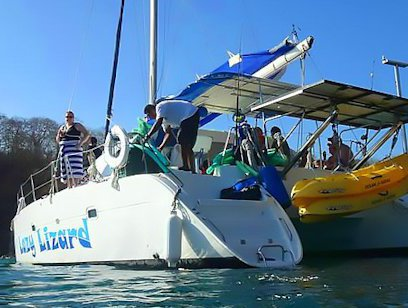 Catamaran and Snorkeling Cruise - Lazy Lizard Sailing