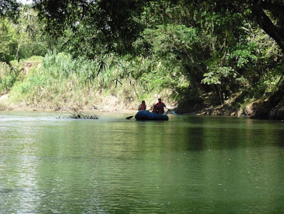Safari Float on Rio Penas Blancas