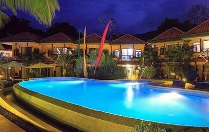 Located in the rainforest between Dominical and Uvita, Cuna del Angel Hotel is a terrific place to stay for your Costa Ballena vacation.