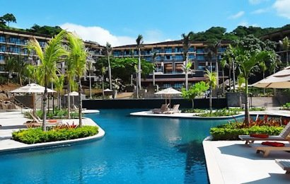 Costa Rica's newest all-inclusive hotel, Dreams Las Mareas Resort, offers everything you could want in a luxurious 447 room destination resort.