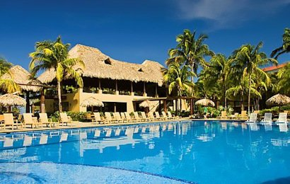 Located steps from the gorgeous Playa Flamingo, the 120-room Flamingo Beach Resort, provides great value in its optional All-Inclusive package (you must select a room that explicitly lists