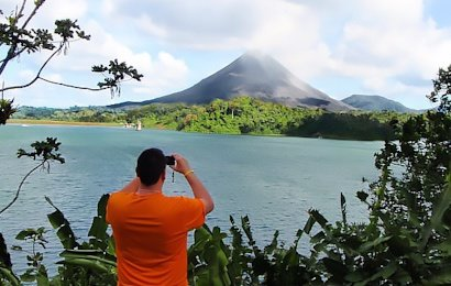 The Lava and Cloud Forest Adventure is the perfect vacation for anybody seeking a combination of inland adventure, rainforest, cloud forest, volcano, hot springs, wildlife observation and more! Take in the amazing scenery, adventures and hot springs of Arenal Volcano and then be amazed by the mysterious cloud forest of Monteverde.