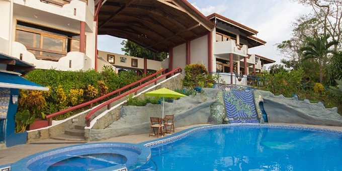 Hotel California is a budget friendly hotel located in the jungle of the lush Manuel Antonio hillside.  The hotel is known for great service and its laid back casual vibe.  Amenities of the hotel include a swimming pool, restaurant, bar, and WiFi, all set among lush tropical gardens.