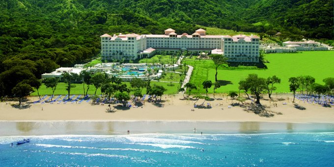 The Riu Guanacaste Resort is an all-inclusive mega resort located on Matapalo Beach.  Hotel amenities include swimming pool, jacuzzi, restaurant, bar, spa, gym, and internet.