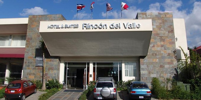 Rincon del Valle Hotel is a hotel located in San Jose.  Hotel amenities include wireless internet, laundry service, workout room, jacuzzi, restaurant and concierge.