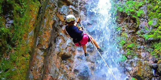 Canyoning and Rappelling - Explornatura