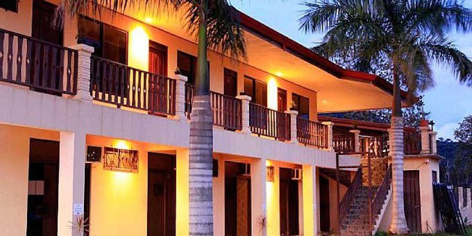 The Blue Palms Hotel is a budget oriented hotel located at Playa Jaco. Amenities include AC, pool, Wifi, dining area, laundry, and ample parking.