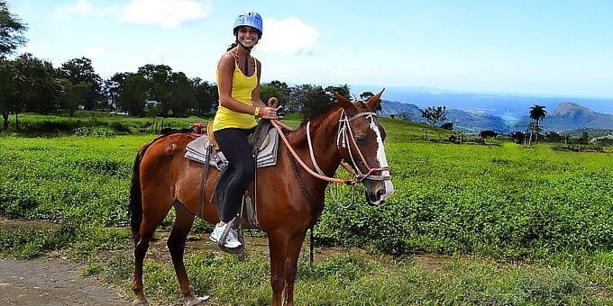 Horseback Riding to La Fortuna Waterfalls