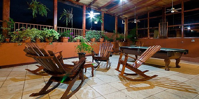 If you are looking for a small, quiet and affordable apartment style hotel with multiple bedrooms, Natural Pacific Suites just may be perfect for you. With only four rooms, you are certain to enjoy peace and tranquility at this hotel. Lodging amenities include indoor parking, WiFi, laundry service, spa, pool table, recreation area, and concierge.
