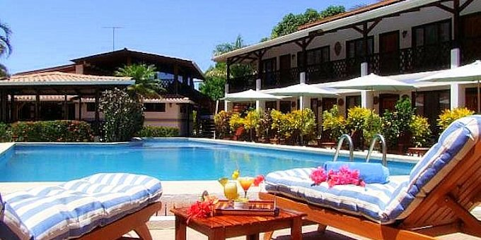 Samara Pacific Lodge is a charming hotel located in Samara, Guanacaste. Hotel amenities include restaurant, swimming pool, bar, laundry service, and private parking area.