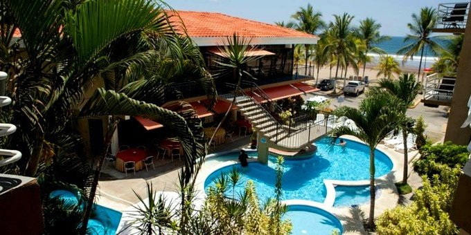 Balcon del Mar Hotel and Suites is Located in Jaco in front of the beach. Hotel amenities include Swimming Pool, Restaurant, Bar, and internet WiFi.