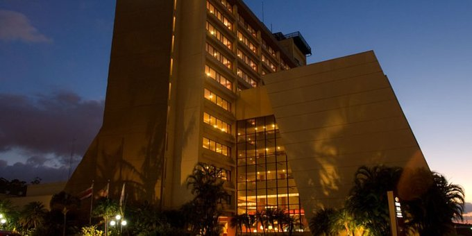 The Crowne Plaza Coribici is a comfortable hotel located close to the Sabana Park in San Jose. Hotel amenities include business center, swimming pool, sauna and health club, room service, laundry service, complimentary parking, two restaurants, casino and lounge bar.
