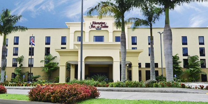Hampton Inn and Suites is a Hilton owned hotel located in Alajuela across from the International airport.  Hotel amenities include swimming pool, jacuzzi, massage service, mini gym, business conference room, airport shuttle, and internet.