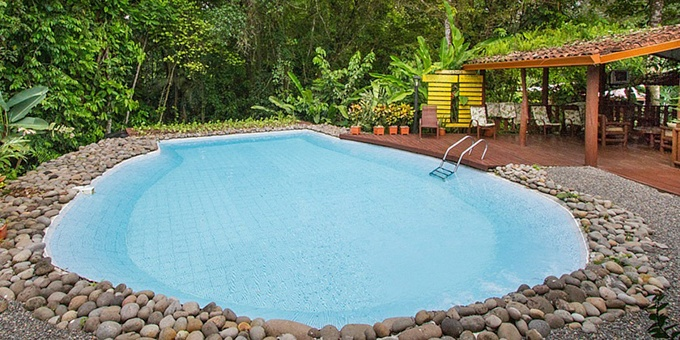 La Quinta Country Inn is a rainforest eco-lodge and reserve located in the Sarapiqui region.  Hotel amenities include swimming pool, restaurant, frog garden, butterfly garden, and internet.