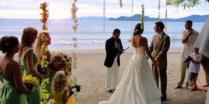 Make your special event, wedding or reunion unforgettable. Costa Rica provides the perfect tropical backdrop for making memories and we can help you get the most out of your planning dollar.