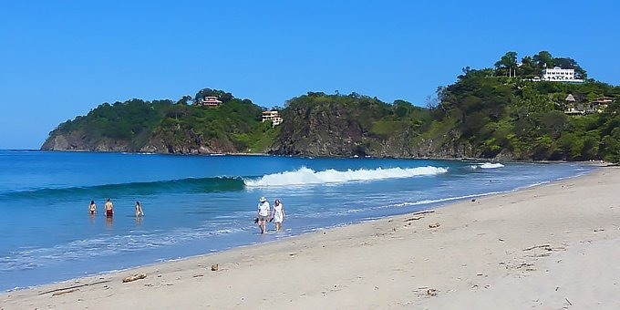 Playa Flamingo is located in the Northwest Pacific, which is one of the driest climates in Costa Rica.