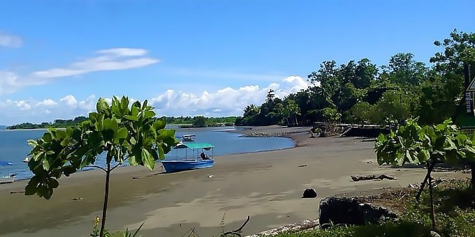 Puerto Jimenez is located in the South Pacific which is a region of vast contrasts in weather.