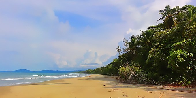 Cahuita is located in the Southern Caribbean which is a region of vast contrasts in weather.