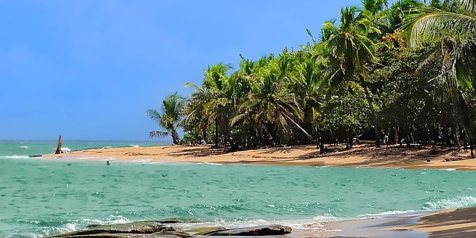 Punta Uva is located in the Southern Caribbean which is a region of vast contrasts in weather.