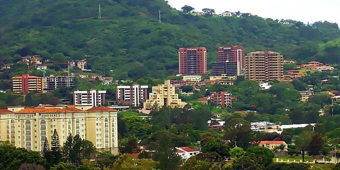 Escazu is located in the Central Valley, which many consider to be the most comfortable climate in the world with temperatures usually hovering in the upper 70s during the day and lower 60s at night.