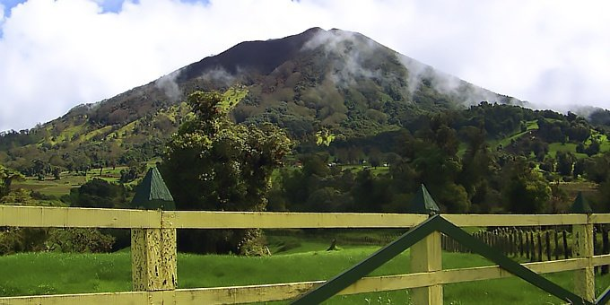 Turrialba is located in the Central Valley, which many consider to be the most comfortable climate in the world with temperatures usually hovering in the upper 70s during the day and lower 60s at night.
