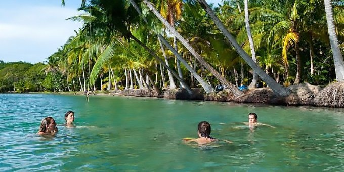 Bocas del Toro is located in the Southern Caribbean which is a region of vast contrasts in weather.
