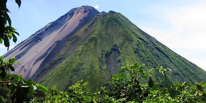 Costa Rica has 12 distinct climate zones and literally thousands of small microclimate pockets throughout the country.