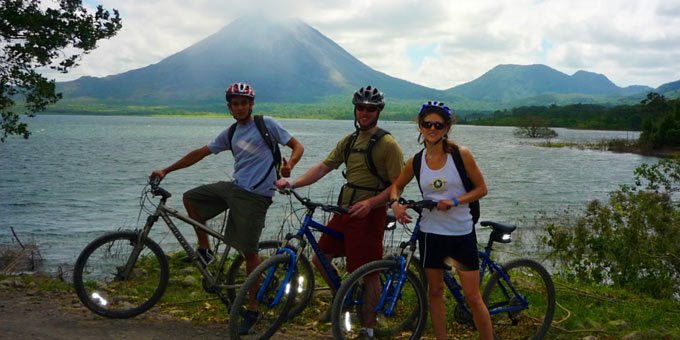 Cycling or biking in Costa Rica can be a lot of fun as the incredible scenery and challenging roads make for a great ride.