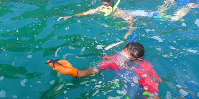 There are opportunities for good snorkeling in Costa Rica, though great locations are few and far between.