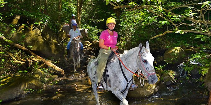 There are few things more Costa Rican than horseback riding.