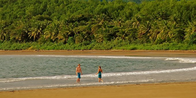 Discover the unspoiled beauty of Uvita, its beaches and nearby Marino Ballena National Park, home to Costa Rica's famous Whale Tail.