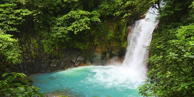 Costa Rica offers a travel experience like no other country! Visit rainforests and exotic landscapes including gorgeous waterfalls!